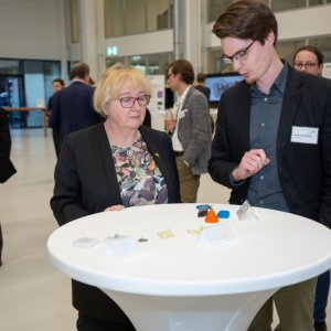 Baden-Württembergische Landesministerin für Wissenschaft, Forschung und Kunst Theresia Bauer zu Besuch in der ARENA2036
